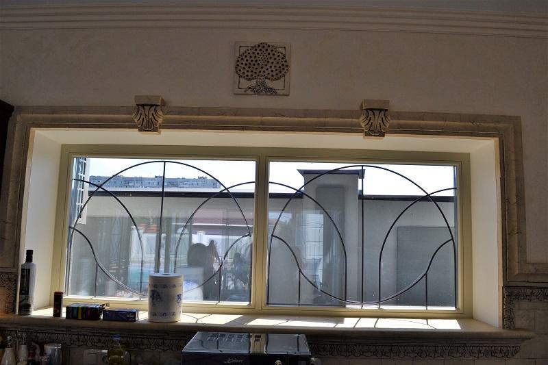 Декор окна и подоконника №2
